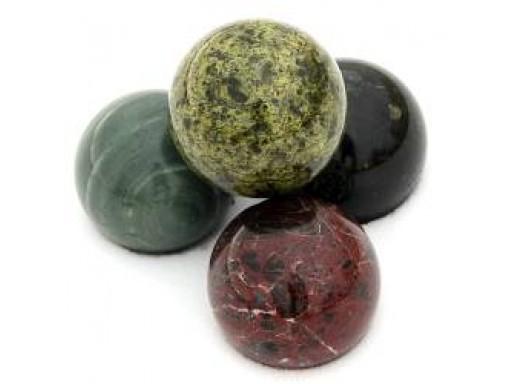 Камень премиум шар змеевик 66-80 мм